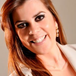 Maria Bethânia Oliveira