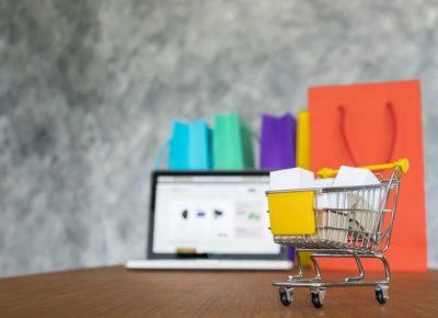 Em tempos de crise, devemos apostar em lojas on-line?
